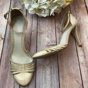 {Banana Republic} Tan Leather Snakeskin Heels